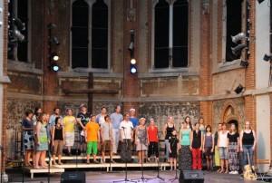 2 Dimuthea Chor